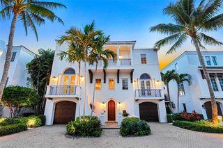 1724 Gulf Shore Blvd N, Naples, FL 34102