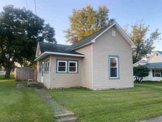 515 W High St, Redkey, IN 47373