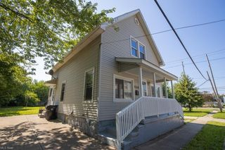 2158 E 37th St, Cleveland, OH 44115