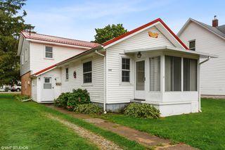 607 Magnolia St, Three Oaks, MI 49128