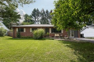 4310 E Hector Dr, Bloomington, IN 47408
