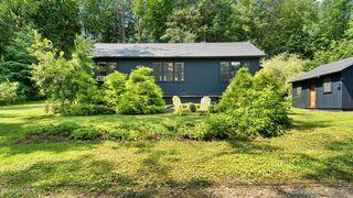 49 Pine Rd, New Marlborough, MA 01230