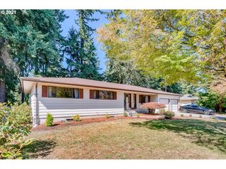 812 NW 59th St, Vancouver, WA 98663