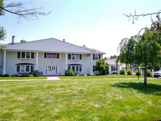 4 Meadowlawn Dr #22, Mentor, OH 44060