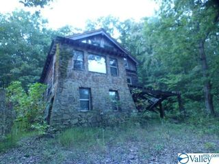 322 County Road 458, Fort Payne, AL 35968