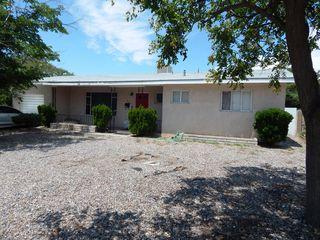 2507 Vista Larga Ave NE, Albuquerque, NM 87106