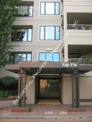 768 NW Westover Sq #21, Portland, OR 97210