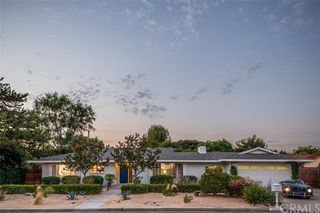 18051 Oak Ridge Dr, Santa Ana, CA 92705