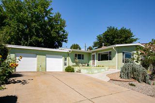 1427 Riverview Dr NW, Albuquerque, NM 87105