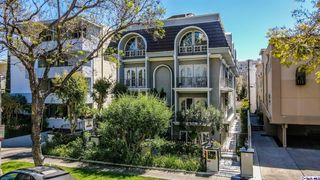 342 N Palm Dr, Beverly Hills, CA 90210