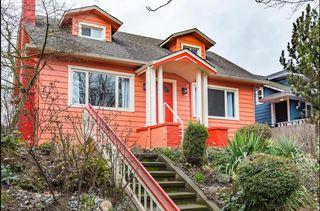 7915 Greenwood Ave N, Seattle, WA 98103