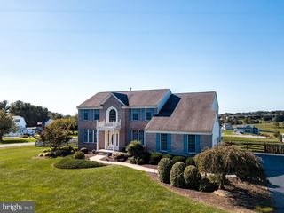 4800 Timber Dr, Mount Airy, MD 21771