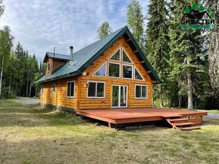 2790 Blue Spruce Way, North Pole, AK 99705