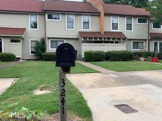 3241 Tennington Pl, Lawrenceville, GA 30044