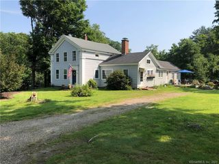 34 Maple Hollow Rd, New Hartford, CT 06057