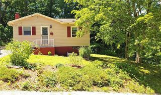 70 Hedge Ave, Norwich, CT 06360