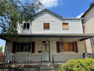 306 Meridan St, Mt Washington, PA 15211
