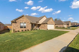 8669 Smith Ranch Dr, Southaven, MS 38671
