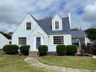 235 Everhard Rd SW, Canton, OH 44709