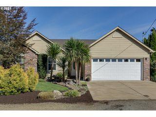 1128 Oak St, Brownsville, OR 97327