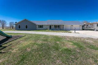 15 Van Buren Rd, Texico, IL 62889