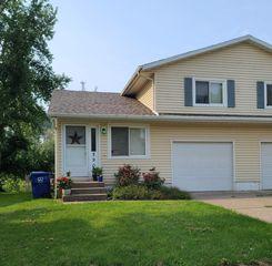 2905 W 34th St, Davenport, IA 52806