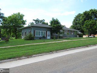 209 N Main St, Milton, IA 52570