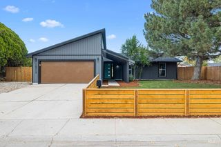 10312 W Guinevere Dr, Boise, ID 83704