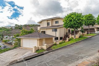 1384 Hoakoa Pl #24, Honolulu, HI 96821