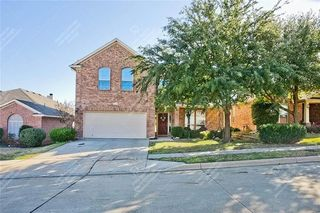 5716 Barrier Reef Dr, Fort Worth, TX 76179