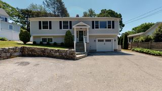 64 Bank St, New Canaan, CT 06840