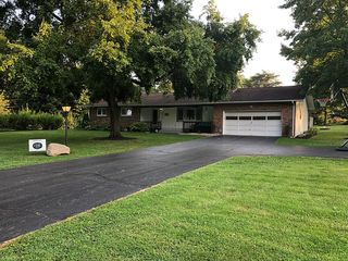 2675 Valley View Rd NE, Lancaster, OH 43130