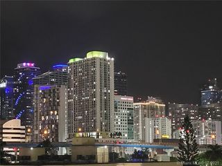501 SW 1st St #607, Miami, FL 33130