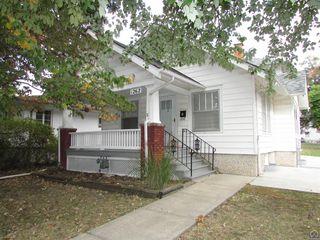 1262 SW Randolph Ave, Topeka, KS 66604