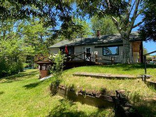 1035 Deerland Rd, Long Lake, NY 12847