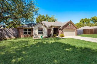 502 Caddell St, Aubrey, TX 76227