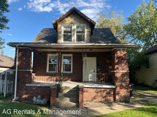 1828 High St, Fort Wayne, IN 46808