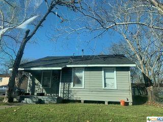 1314 E Power Ave, Victoria, TX 77901