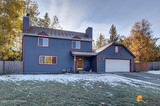 6304 Citadel Ln, Anchorage, AK 99504