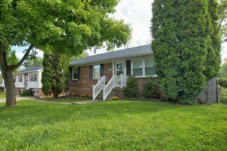 2833 Winter Garden Dr, Lexington, KY 40517