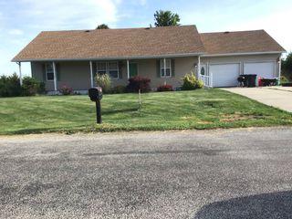 151 Prairie Ave, Bushnell, IL 61422