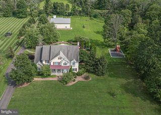 7010 Swagger Rd, New Hope, PA 18938