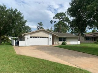 1261 Saint Andrews Ct, Rockledge, FL 32955