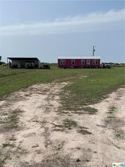 482 La Lucia St, Port Lavaca, TX 77979