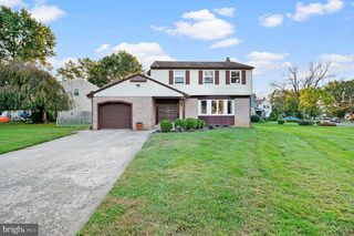 328 Brentwood Ave, Cherry Hill, NJ 08002