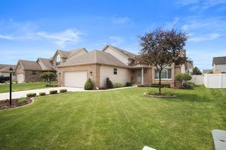 10368 Trevino St, Crown Pt, IN 46307