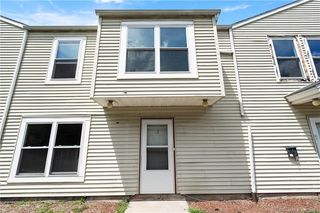 37 Enfield St #53, Hartford, CT 06112