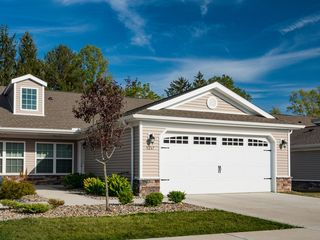 3890A Mount Pleasant St NW, North Canton, OH 44720