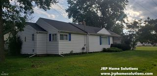 898 Bryant Ave, Jackson, MI 49202