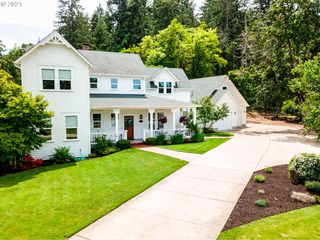 3970 Southpointe Dr, Eugene, OR 97405